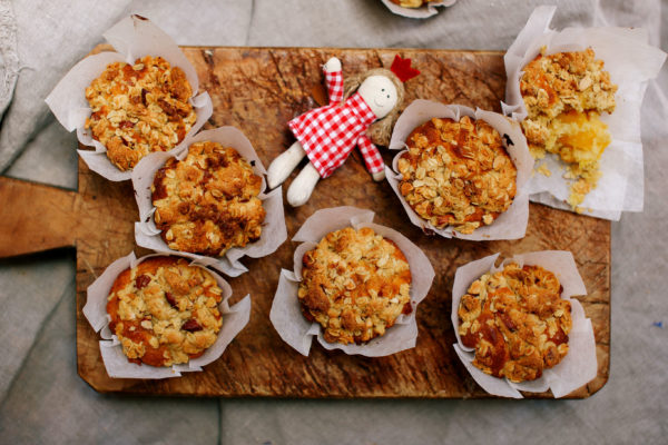 Christmas Morning Mango Crumble Muffins