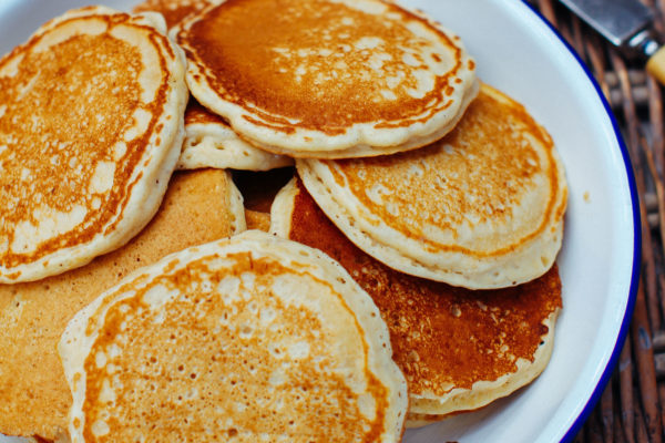 Apple Butter with Cinnamon Pikelets