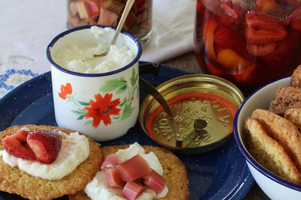 Pikelets with Berries and Peaches