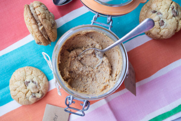Burnt Butter Choc Chip Cookie Spread